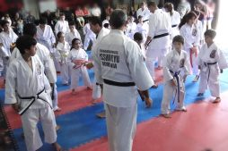 George Sensei leading a kids session - Los Angeles Chile 2019